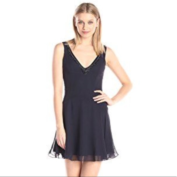 French Connection Dresses & Skirts - NWT French Connection Broadway Nights Dress B12